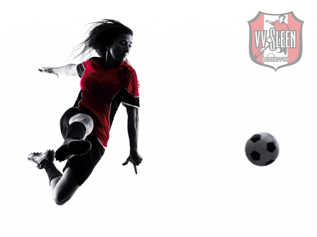 Enthousiaste voetbalmeiden/dames gezocht